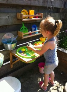 Urządzamy zakątek ogrodowy dla dzieci